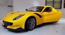 Ferrari F12 Berlinetta TDF Coupé amarillo 1 24 Bburago