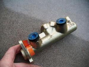 renault 25 v6 injection brake master cylinder 1984-89 bendix 613463