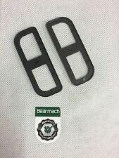 Bearmach LAND ROVER 90,110 difensore del cardine della porta di spessore x 2 bdc710040
