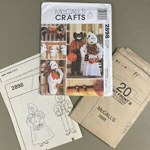 Halloween Decorating sewing pattern McCalls Crafts 2898 ghost black cat witch