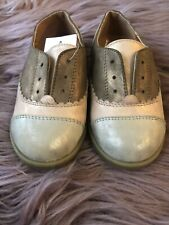 Oxford Shoes Cat & Jack Size 8 NWT