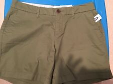 "NWT Old Navy Mid-Rise Everyday Twill Shorts For Women 5"" inseam (2)"
