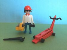 Vintage GEOBRA FAMOBIL 1974 PLAYMOBIL MECHANIC 3303 RACE CAR MECHANIC WITH TOOLS