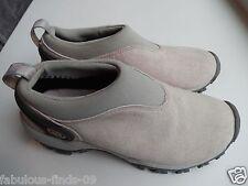 Women's Merrell Satellite Moc slip on shoe pigskin water resistant NEW size 6