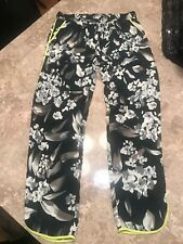 AQUA Women's Silky Floral Pants Size Large 100% polyesters