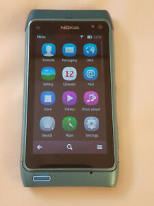 Nokia N8-00 16GB UNLOCKED Blue, with accessories - GREAT condition with 1 issue
