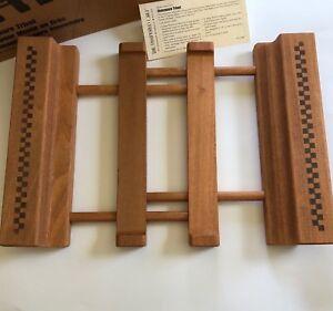 Pampered Chef Trivet Adjustable Wood Checkered Stoneware Holder # 2130 Retired