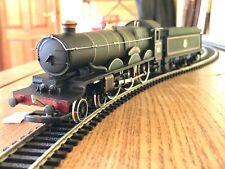 Airfix OO Pembroke Castle 4-6-0 Locomotive & Tender British Rail Green 4078 VGC