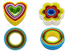 Emporte-pièce plastique  Fleur Coeur Rond  Moule Patisserie Gateau Biscuit  X 5