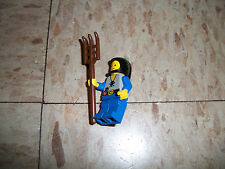 LEGO Vintage 1980s Surf minifigure from Smugglers Hayride w rake rare Forestmen