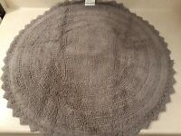 "DII Reversable Ultra Soft Crochet Bath Mat, Round, Gray (27.5"")"