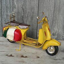 Blechmodell Motorroller Vespa gelb Italien 27cm groß Metallmodell Retro Vintage