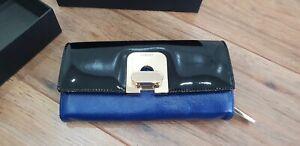 Jaeger Blue Black Leather Patent Twist Lock Gold Detail Wallet Purse