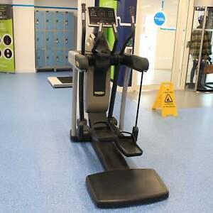 Technogym Cross Trainer Excite+ 700i SP LED Vario - Commercial Gym Equipment
