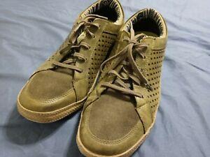 Cushe Shumakers mark low Casual shoe Men's Size 12 military green / gray um01139