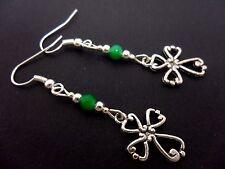 Un par de Plata Tibetana & Verde Jade Perla Cruz Pendientes. nuevo.