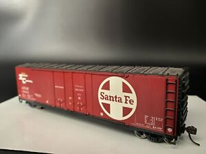 Ho Scale Accurail Double Door Santa Fe A.T.S.F Super Shock Control Boxcar