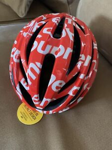 Supreme ® Giro ™ Syntax MIPS Cycling Helmet Red & White Size Adult LARGE NEW