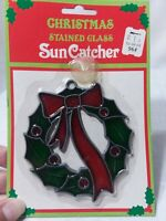 Vintage christmas wreath Suncatcher.stained glass..new