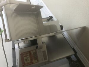 "Globe GC512 Chefmate 12"" Compact Slicer"