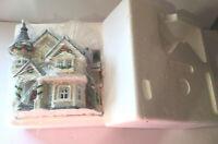 Heartland Valley Village Lighted House 9851007