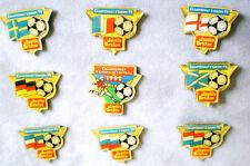 JUSTIN BRIDOU-9 FUSSBALL PINS IN GESCHENKSCHACHTEL-OVP-CHAMPIONNAT D´EUROPE-1992