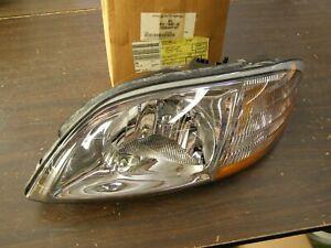 NOS OEM Ford 2001 2002 2003 Windstar Minivan Headlight Head Light Lamp Headlamp