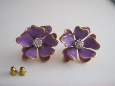 LARGE FLOWER STUD ENANEL SIZE 25 MARVE & GOLD  WITH BUTTERFLY CLIPS