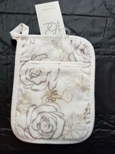 "New listing Floral Print Pot holder White/Taupe - Thresholdâ""¢"
