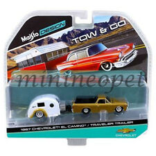 MAISTO 15368 D TOW & GO 1967 CHEVROLET EL CAMINO with TRAVELER TRAILER 1/64 GOLD
