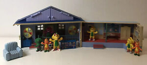 Barney and Friends Train Station School House Playset 7 Figures (2007)