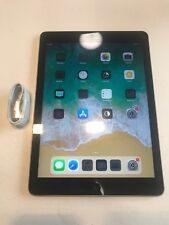 Apple iPad Air 1st Gen. 32GB, Wi-Fi + Cellular (AT&T), 9.7in - Space Gray