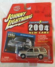 Johnny Lightning White Lightning Strike 2004 Cadillac Escalade Die Cast 1/64