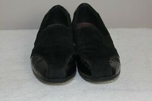 Clarks Everyday Women's Black Leather Suede Slip On Loafers Flats sz 8