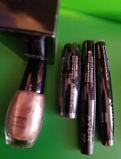 Avon Bronzing Gift Set Ultra rich Lipstick, Wash off Mascara,Nail Polish, Lip Gl
