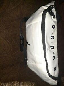 Nike Air Jordan Jumpman Crossbody Fanny Pack Shoulder Waist Bag White Adjustable