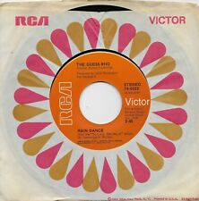 THE GUESS WHO  Rain Dance / One Divided  original 45 from 1971