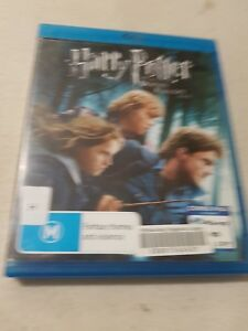 Harry Potter and the Deathly Hallows Part 1 - Blu-Ray - Free Postage
