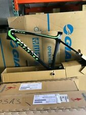 NEW 2013 GIANT TCR ADVANCED SL FRAME COMPOSITE/ LIGHT GREEN/ WHITE/ XS