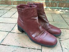 size 9 SANTANA Canada red leather boots waterproof ankle booties oxblood crimson