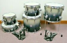 PDP Concept Maple by DW (5 Piece) 4 Toms, 1 Snare, Double Kick Bass Pedals