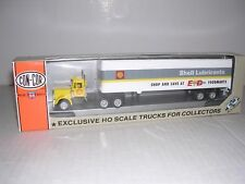"""CON-COR #2012  Shell Kenworth Cab w/40' Box Trailor """"Shell"""" Built-up H.O. 1/87"""