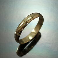 9ct GOLD 4mm Wedding Band Ring Heavy D- Shape UK Size J Hallmarked Gift Boxed