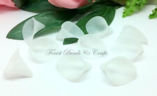 20 x Frosted White Arum / Calla Lily Beads ~ Acrylic, 25mm x 19mm x 15mm Bell