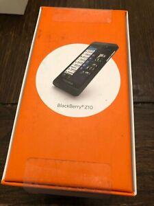 NEW BLACKBERY Z10 UNLOCKED 16GB BLACK  ALL ACCESSORIES GSM MODEL