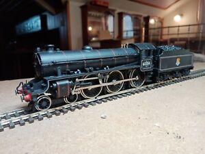 OO gauge Bachmann B1 4-6-0 61354. in original box. Runs very well. Lined black