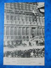 GANG  :  Le Drapeau Allemand Flottant sur l'Hôtel de Ville.