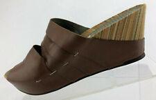 Tsubo Elger Wedge Sandals Brown Leather Casual Slide Comfort Walking Womens Sz 9