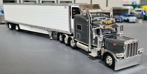 1/64 DCP PETERBILT 389 TRI DRIVE SILVER/GRAY & REFRIGERATED TRAILER NEW IN BOX