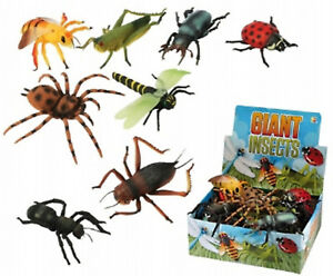 Giant Plastic Insects Toy 6 - 8 Inch Long Flying Bugs Spider Wasp Mini Beasts